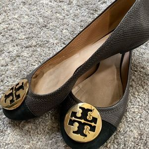 Authentic Good Condition Tory Burch Flats